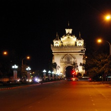 ...and Vientiane's landmark again: Patuxay