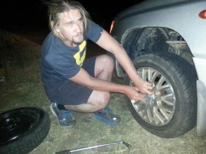 Changing a flat tire in the middle of nowhere - in of the night... That incident actually happened only a couple of hours after I picked up Gesa from the airport!